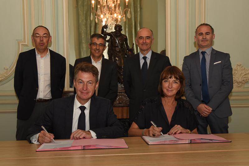 Signature partenariat FPI ARKEA